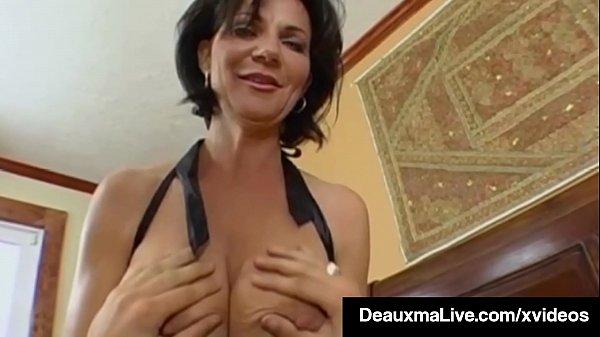 derevyanskimi-trahaet-tetku-s-bolshimi-siskami-video