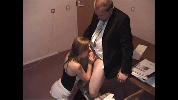 Порно секретарши скрытой камеры — img 2