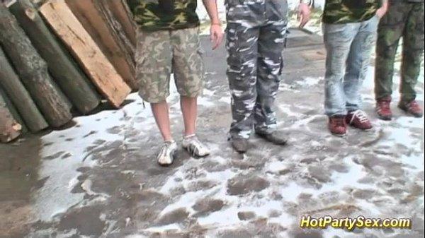 Секс в казарме русский