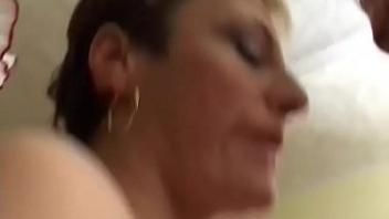 porno-nevole-porno-vsya-polnaya-semya-onlayn-drochat